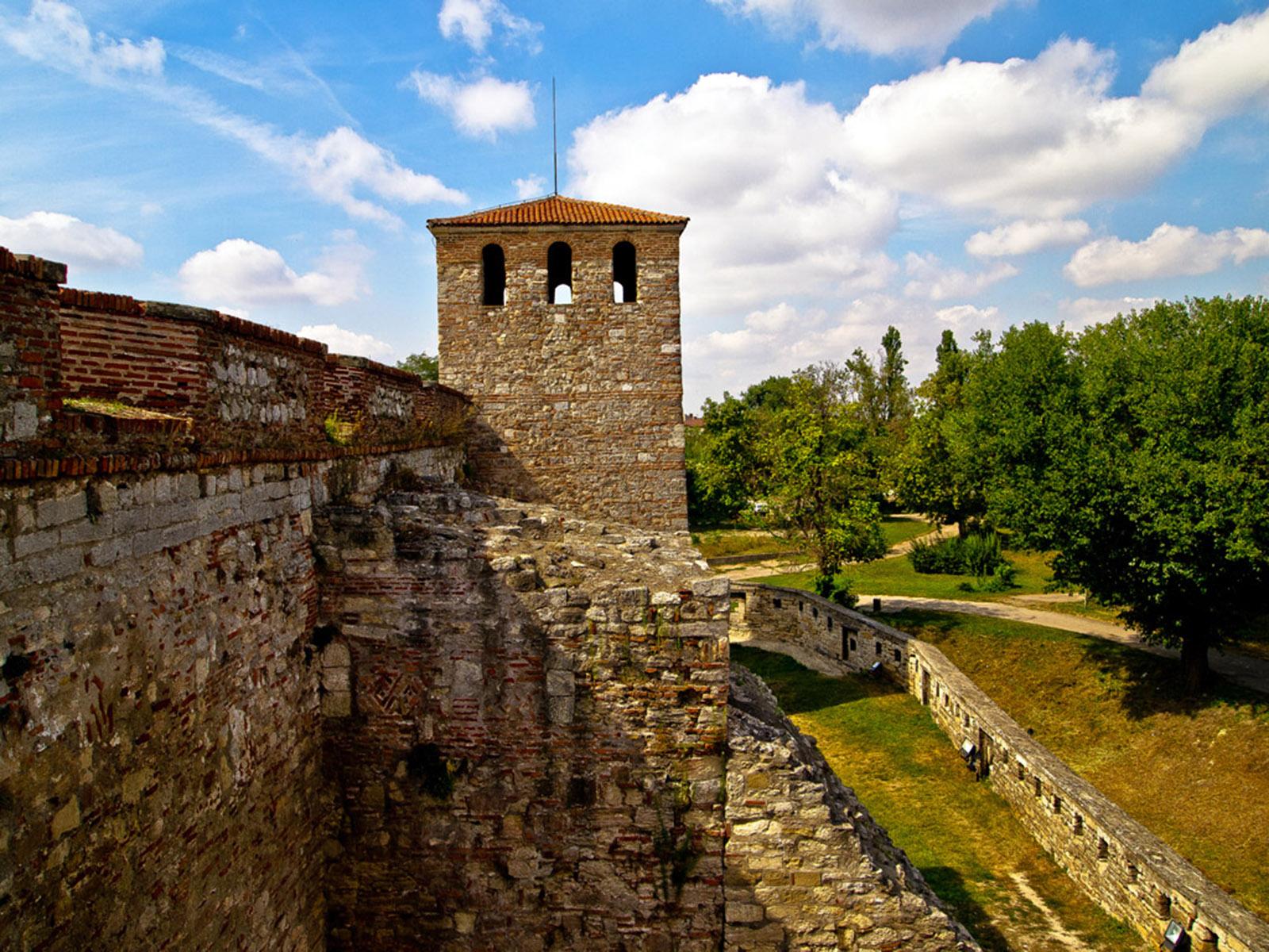 Замки в болгарии купить