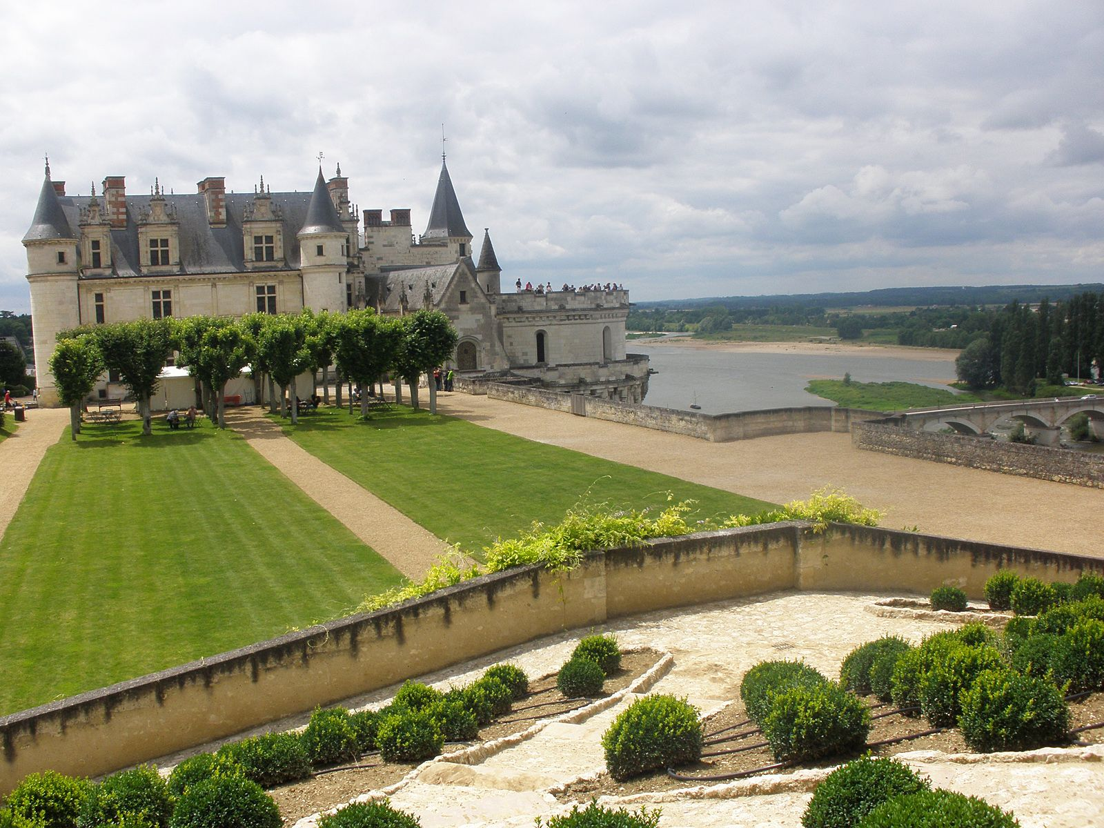Франция замок Амбуаз France castle in Amboise  YouTube